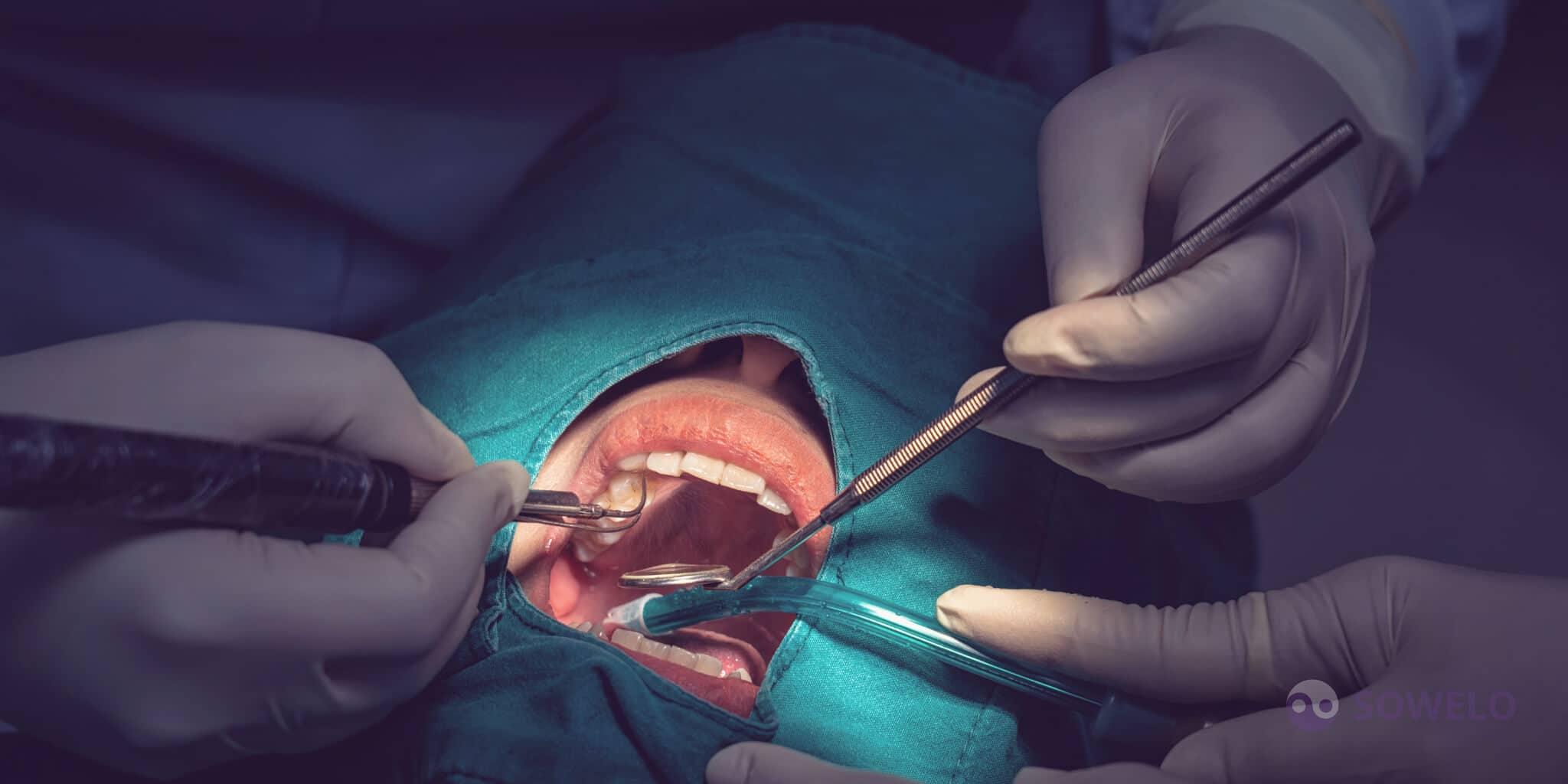 Čiščenje implantata z ultrazvokom